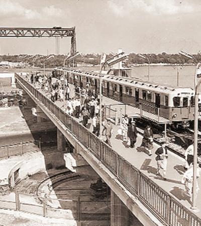 До появления моста Метро конечной остановкой cтоличной подземки была станция «Днепр».