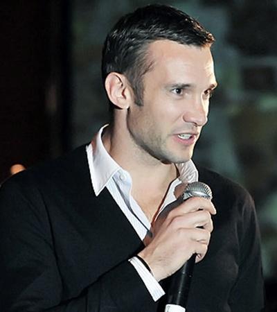 Андрей Шевченко на аукционе был как дома - он живет в той же гостинице, где проводилось торжество.
