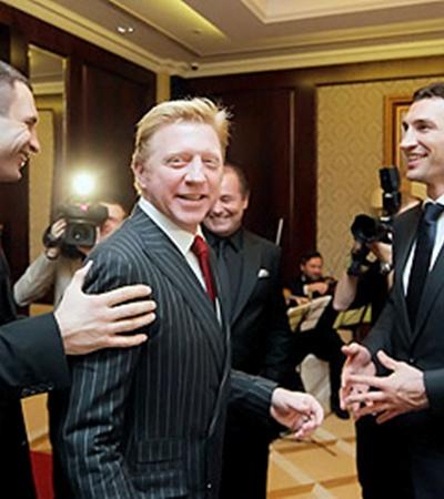Немецкий теннисист Борис Беккер в Киеве продал возможность сыграть с ним партию.