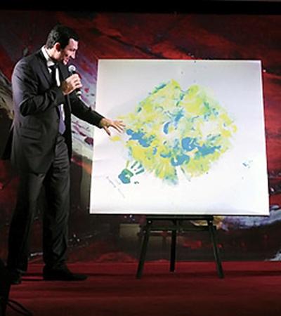Картину «Луна» начинающий художник Володя сумел продать за 55 тысяч евро.