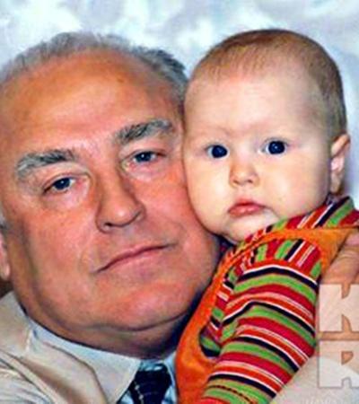 Виктор Черномырдин с внуком.