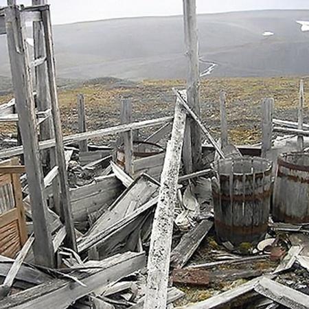 Развалившиеся домики - так выглядит сегодня