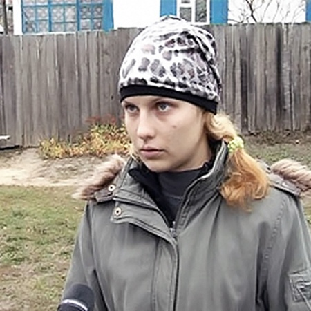 16-летняя Марина общается с погибшей сестрой во сне.
