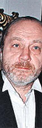 Нынешний супруг Людмилы Марковны - Сергей Сенин.