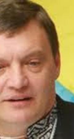Грымчак попросил ответить, за какие заслуги Стогний получал свои повышения.