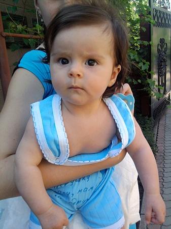 Маленькая Амира. Ее не пожалели.