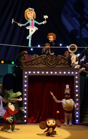 В новых сериях Чебурашка поможет девочке стать артисткой цирка.