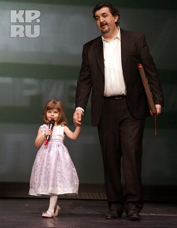 Первые признания Табаков услышал от четырехлетней дочери Маши.