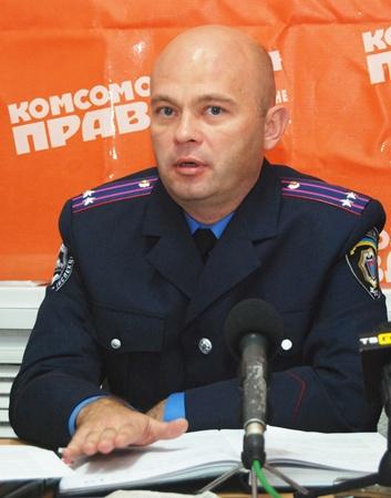 Олег Бескищенко считает, что на дорогах не должно быть лишней информации.