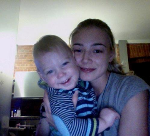 Сын Филипп очень похож на маму... Фото: личная страничка Оксаны Акиньшиной в Facebook