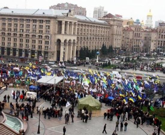 На Майдане Незалежности собрались не менее 5-6 тысяч предпринимателей.