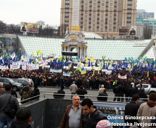 Предприниматели также планируют отправиться в Администрацию президента с призывом к Виктору Януковичу ветировать этот кодекс.Фото: bilozerska.livejournal.com