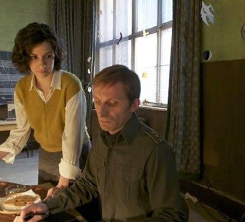 Первый кадр из фильма Джоли. Фото: collider.com.