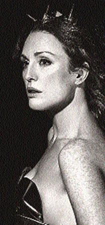 Джулианна Мур в календаре Pirelli оказалась богиней Герой.