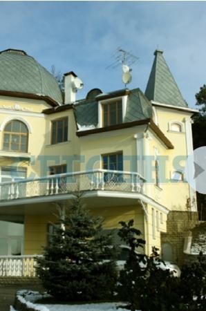 Одна только земля под этим зданием стоит более 1,5 миллиона долларов. Фото с сайта segodnya.ua.
