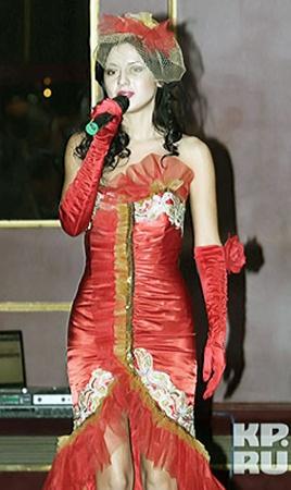 Сара Окс растопила сердце российской Примадонны песней, которую сама же и написала.