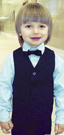 Лев Клевцов (2 года) из села Чубинское (Киевская обл.) станет спутником Деда Мороза на Главной елке.