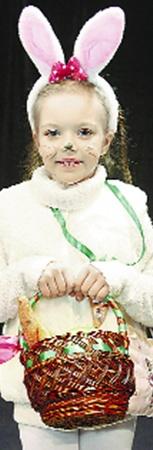 Заяц Маша Ковтуненко (7 лет) принесла обед с собой.