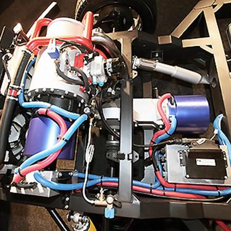 Передняя часть: силовая установка из роторно-лопастного двигателя (серый) и генератора (синий).