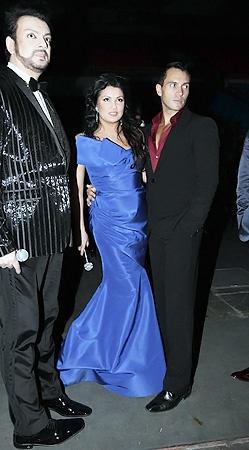 Песня года 2010:Филипп Киркоров и Анна Нетребко с мужем. Фото Милы Стриж.