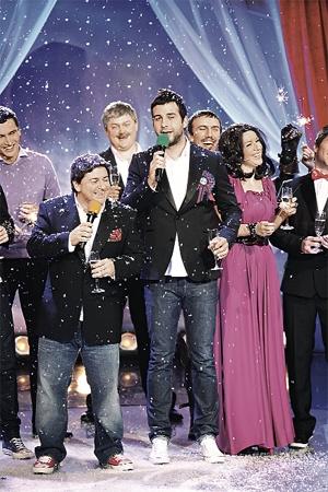 Иван Ургант и Александр Цекало представят новогодние пародии на украинских знаменитостей.