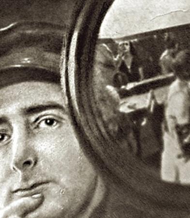 Картина Дзиги Вертова «Симфония Донбасса» (1930 г.) стала первой звуковой лентой в СССР.