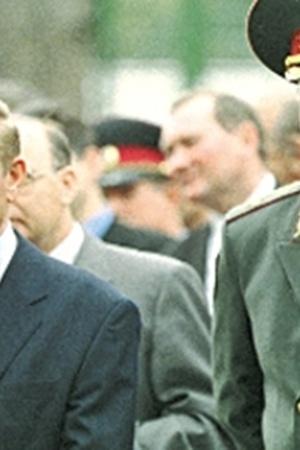 Если документы Кравченко действительно существуют, то заявление Кучмы о том, что убийство Гонгадзе - операция спецслужб, может найти реальное подтверждение.