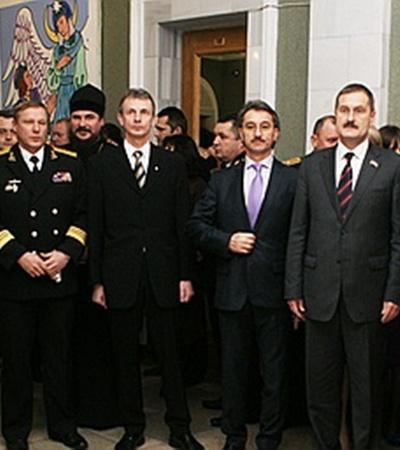 На праздник были приглашены лучшие офицеры флота, а также руководители города Севастополя
