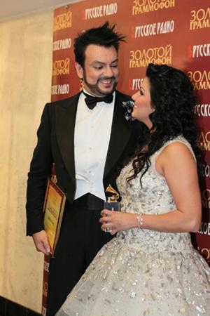 Филиппа в громком скандале с помощником режиссера поддержала оперная дива Анна Нетребко. Она сказала в интервью