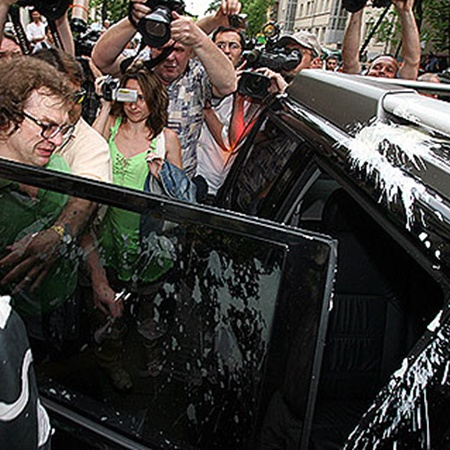 Мавроди выходит из тюрьмы. Фото Андрея КАРА.
