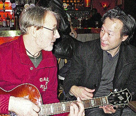 С японским музыкантом Томо в Париже чувствую себя как дома!