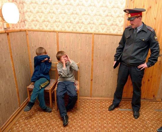Маленьких правонарушителей доставляли в милицию, куда затем вызывали родителей. Фото с сайта www.img-2006-12.photosight.ru