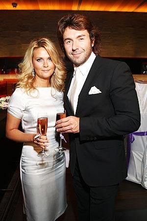 Андрей Малахов не скрывает, что счастлив с Наташей. Фото Фотобанк.