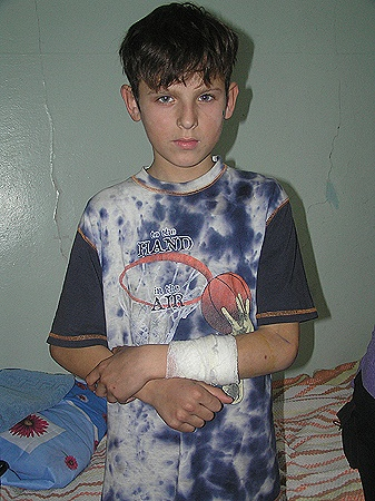 12-летний Ваня защищал брата.