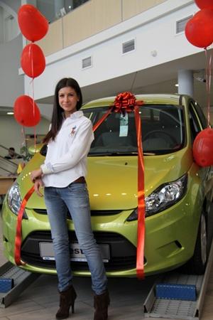 Когда у женщины появляется машина - муж ей уже и не нужен! Фото с сайта www. d.traf.spb.ru