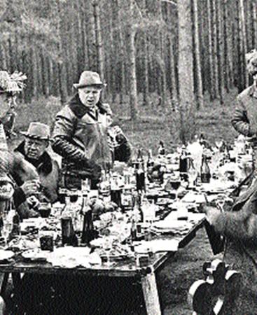 Леонид Ильич неоднократно брал ковбойский кольт на охоту.