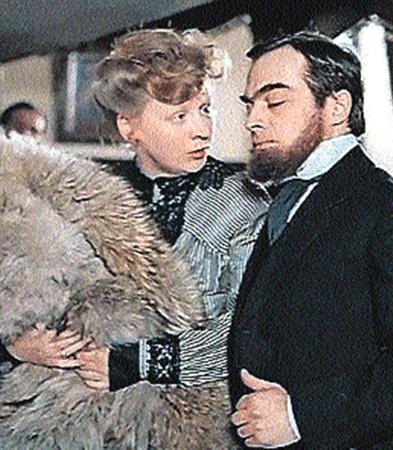 Супругов Бэрримор сыграли Александр Адабашьян и Светлана Крючкова.