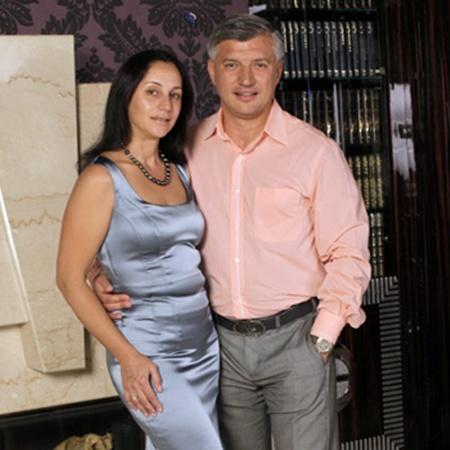 Жена убитого бизнесмена Анжела Коробчинская осталась с четырьмя детьми. Фото с сайта korobchinskiy.com.ua.
