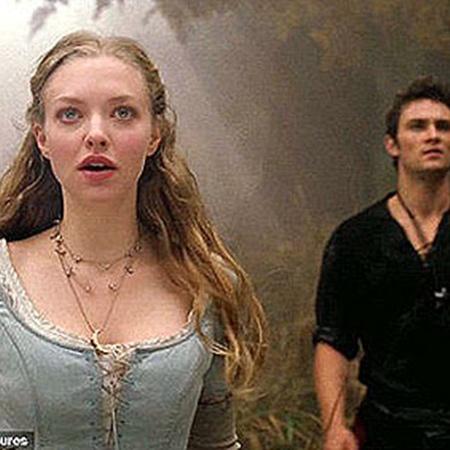 Главная героиня Валери влюблена в дровосека Питера. Фото Daily Mail.