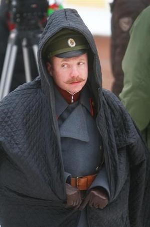 Евгению Стычкину на киевском морозце шинели оказалось мало.