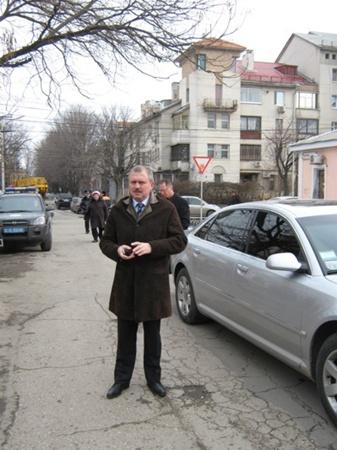 Андрей Сенченко приехал поддержать Гриценко. Фото Антонины Туровской