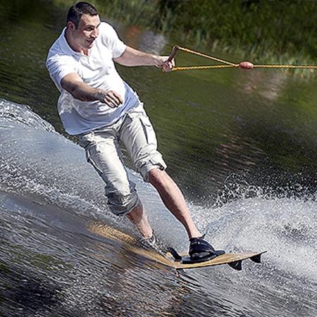 Спортивные тесты Виталия показали, что по физической форме в свои 39 лет он даст фору любому юноше. Фото УНИАН.