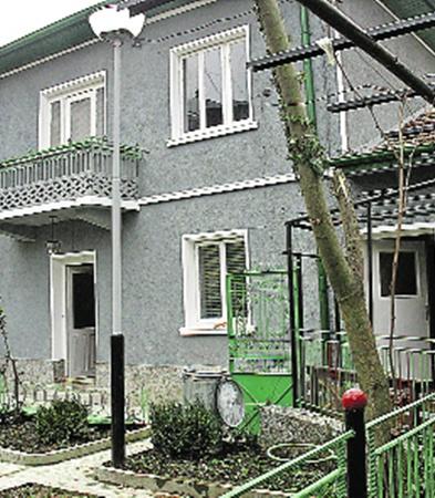 Дом, где жила все последние годы Ванга. Фото Светланы КУЗИНОЙ.