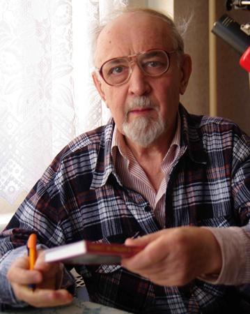Алексея Кравцова и личного архива Григория Яблонского.