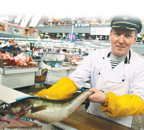 Покупая рыбу, первым делом загляните под жабры: они должны быть красными.