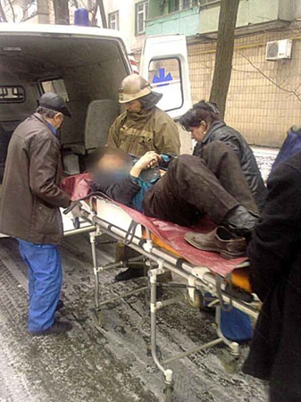 От полученных травм мужчина скончался в больнице. Фото: Николая Рябченко.