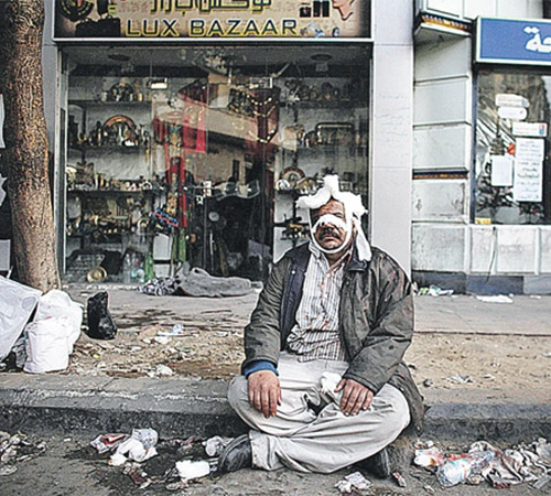 Когда закончатся погромы на каирских улицах, неизвестно.
