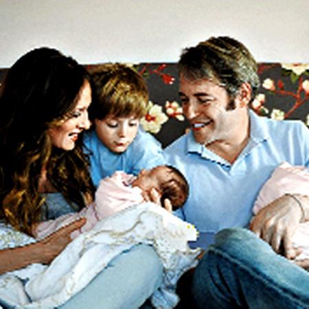 Дочек-близняшек для Сары Джессики-Паркер и ее мужа родила  посторонняя женщина.