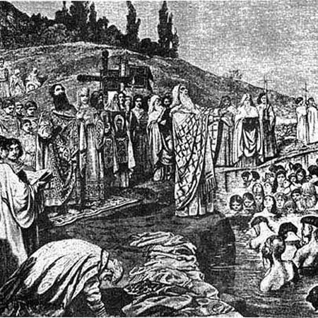 Именно в Почайне Владимир крестил Русь.