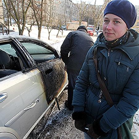 Екатерине с мужем теперь придется не только выплачивать кредит за покалеченную машину, но и искать деньги на ремонт.